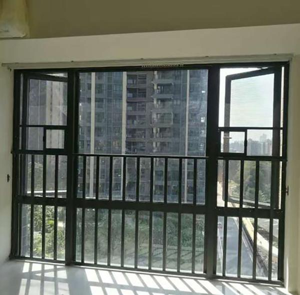 阳台飘窗护栏